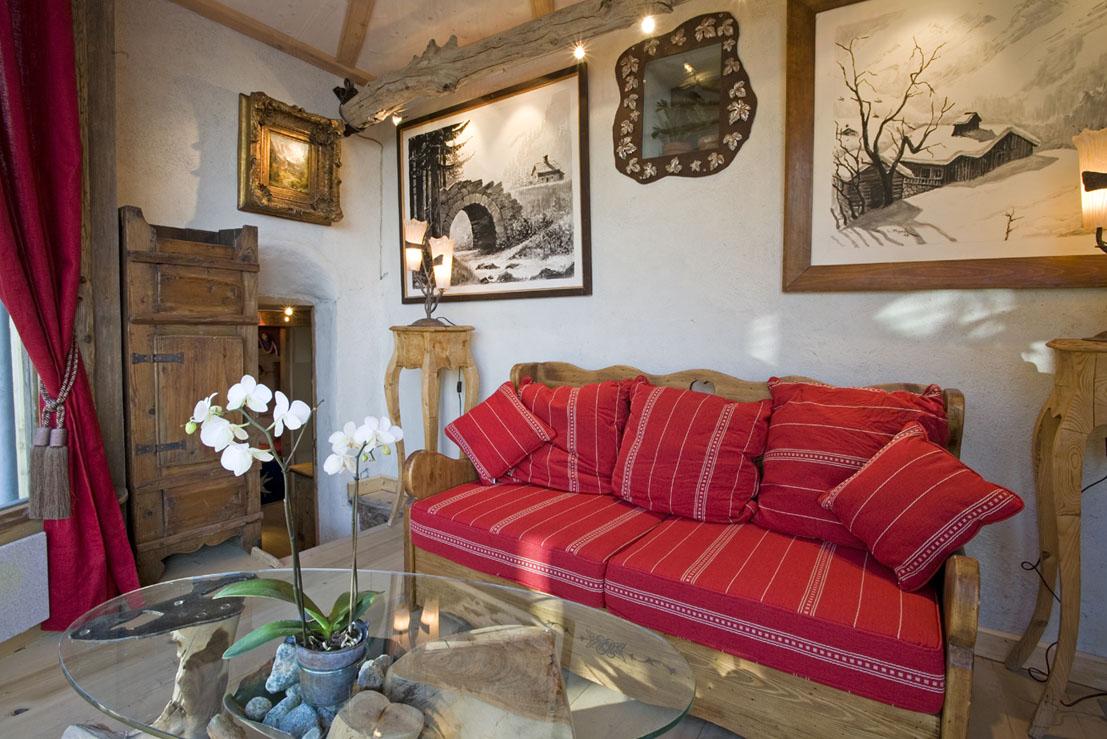 la suite baroque nuit insolite en amoureux chamonix. Black Bedroom Furniture Sets. Home Design Ideas