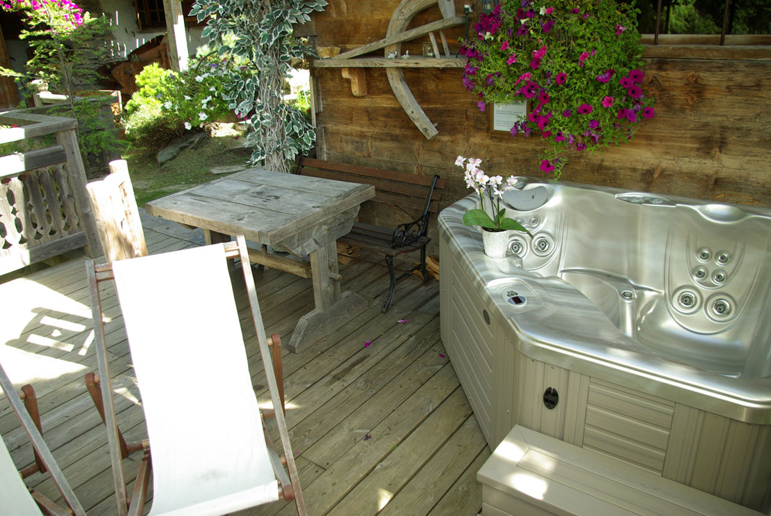Chalet Les Clarines - location chalet spa privatif
