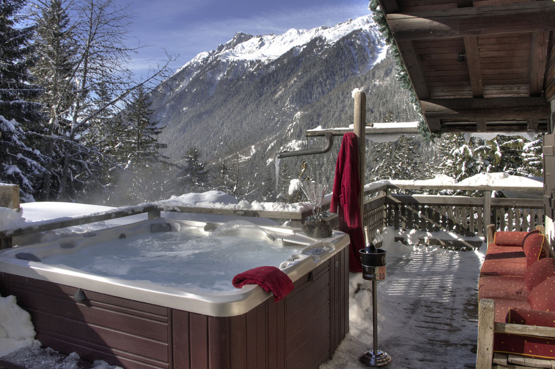 Location chalet spa privatif chemin e les jorasses hotel - Location jacuzzi privatif dans chambre ...